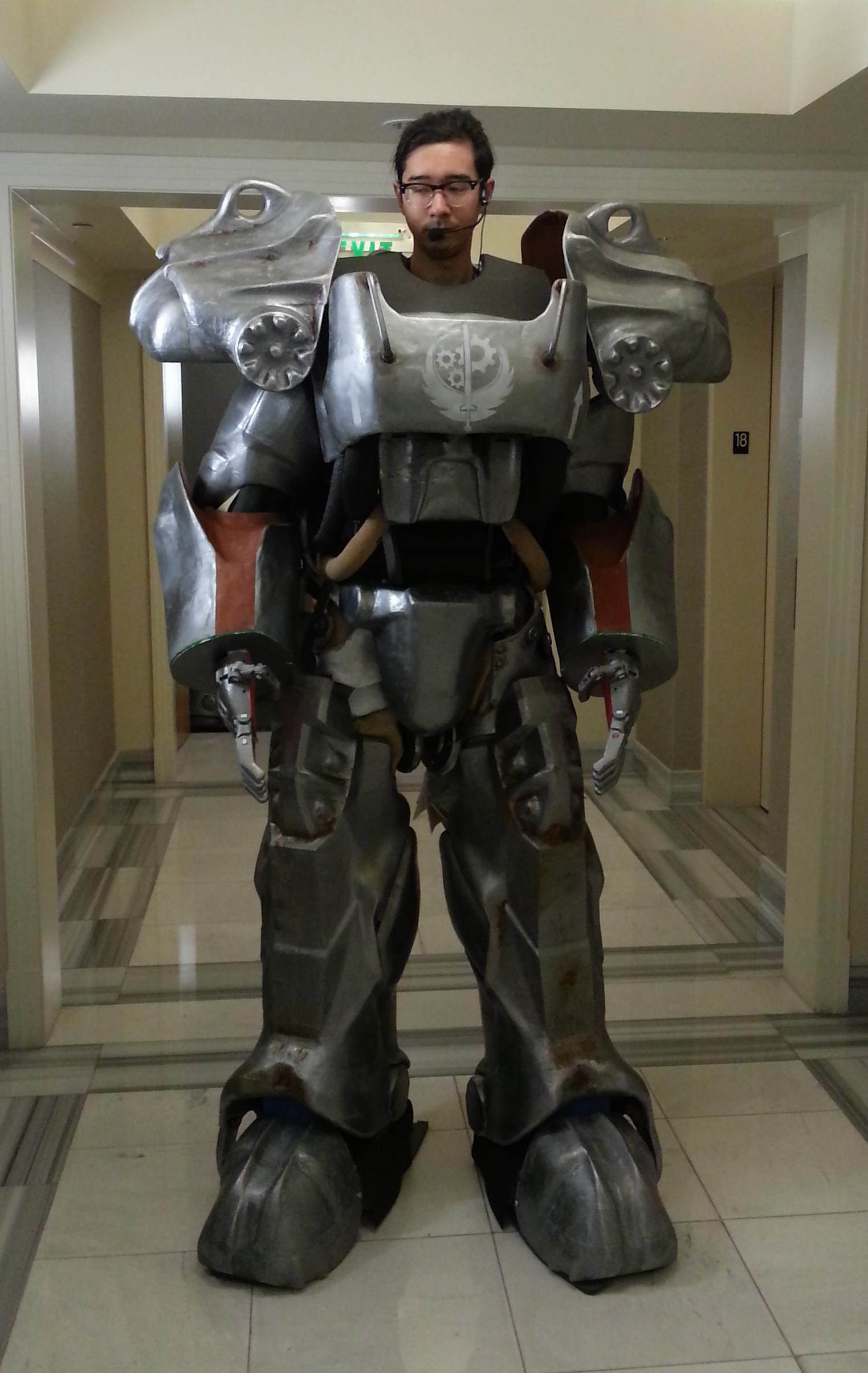Monstrous Suit Of Power Armor 3D Printed Over 140 Days