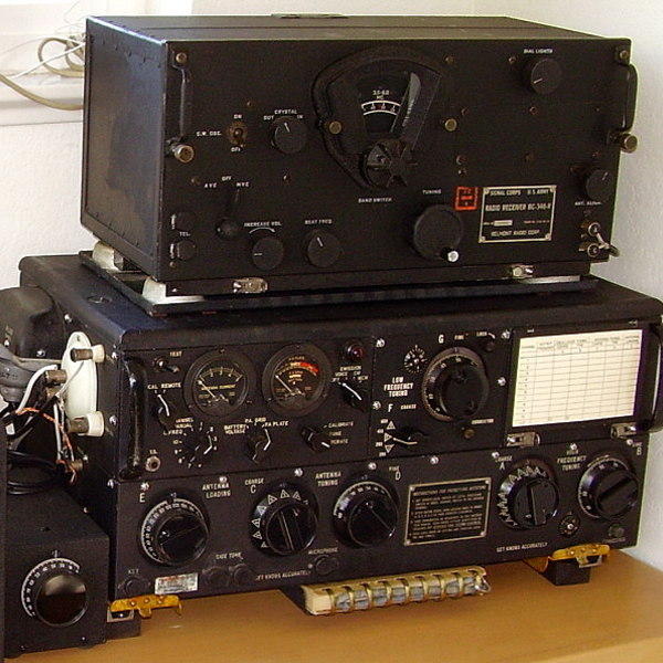 Resurrection — Pressing WW2 Radio Equipment Back Into Service | Hackaday