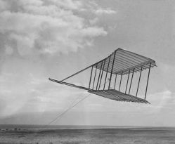 The 1900 glider