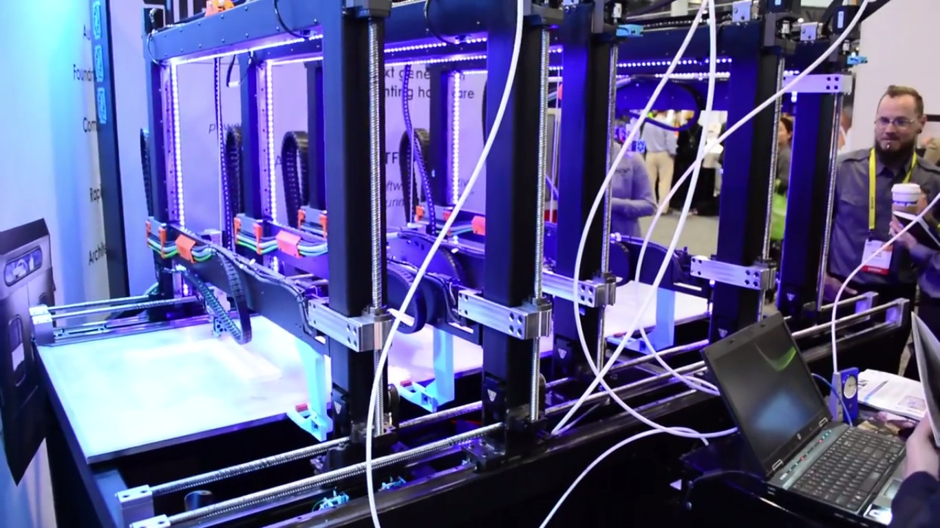 CES2017: Really Fast 3D Printing for Large Builds