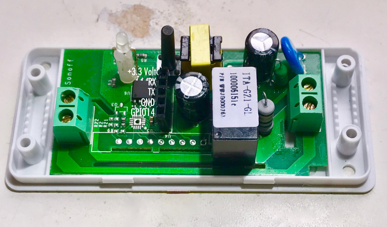 Hacked IoT Switch Gains I2C Super Powers | Hackaday