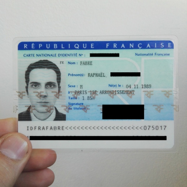 Fake Your ID Photos – The 3D Way | Hackaday