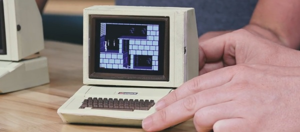 Mini Apple IIe
