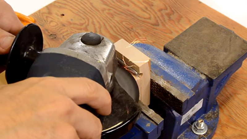 Simple Shop-made Taps For Threading Wood | Hackaday