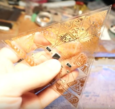 Triangular part for keytar
