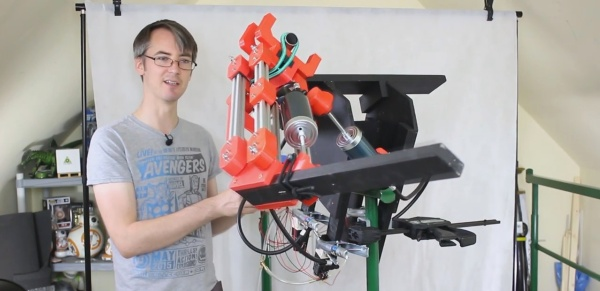 Pneumatic fighting robot arm concept