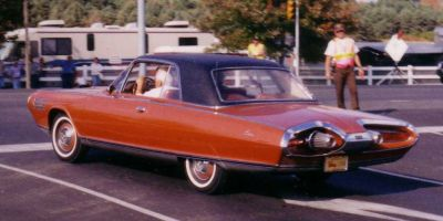 The Chrysler gas turbine car from [Brian]'s article. CZmarlin [Public domain].