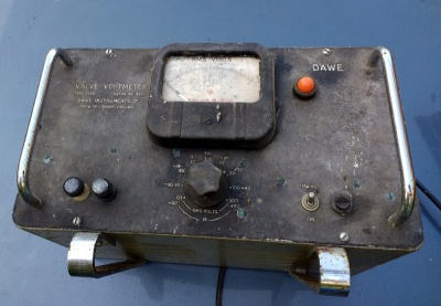 High-impedance voltage measurement, 1950s style.