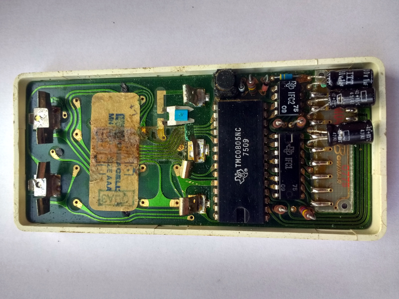 The Sinclair Scientific circuit board, component side.