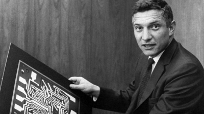 Robert Noyce in 1959