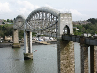 The Royal Albert Bridge, Saltash. Geof Sheppard [CC BY-SA 3.0]