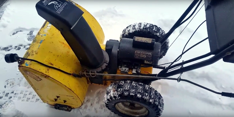 Electric Snowblower Does The Job With 240 Volts | Hackaday