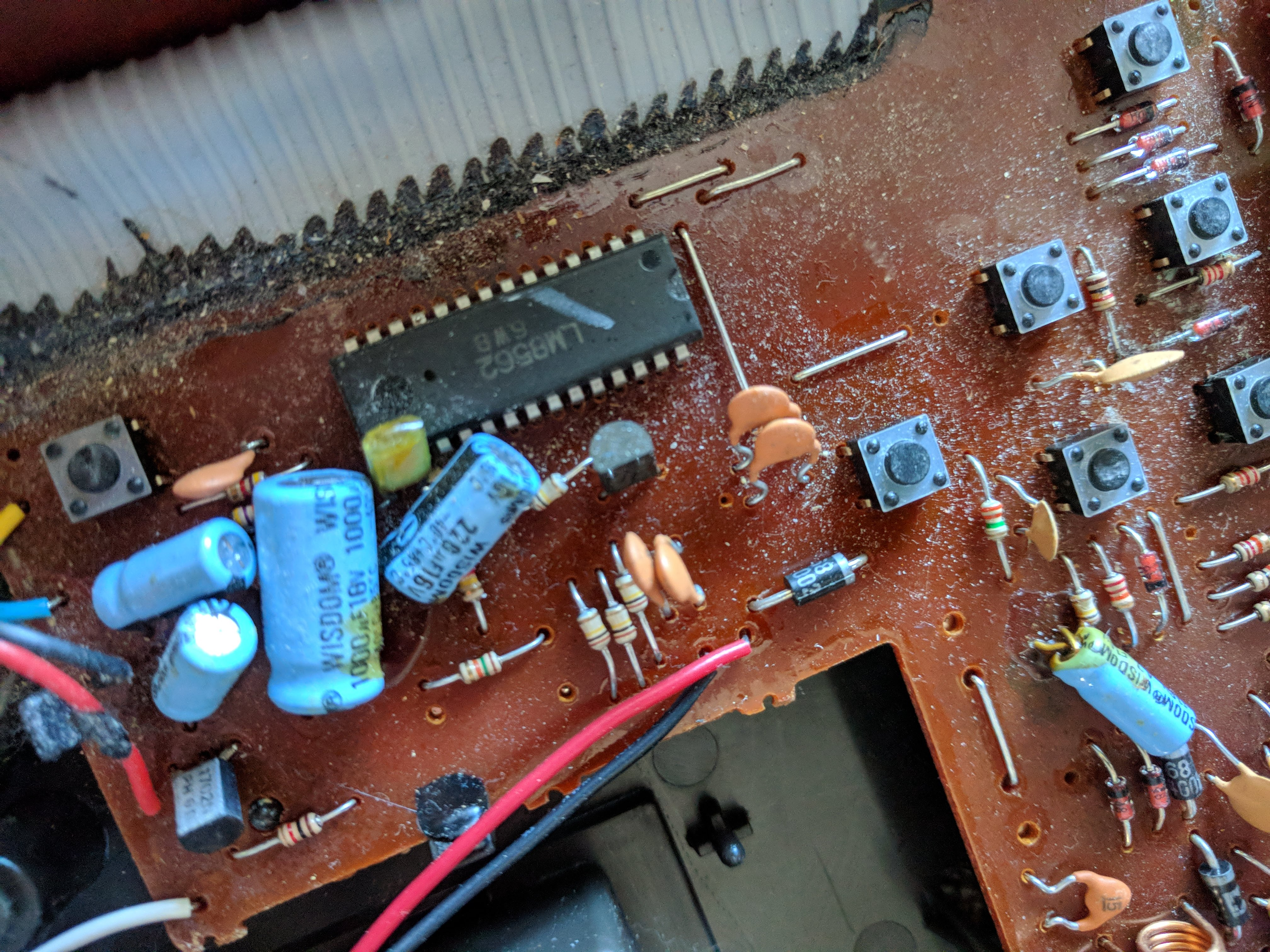 Ask Hackaday: Is Your Clock Tied To Mains Frequency? | Hackaday