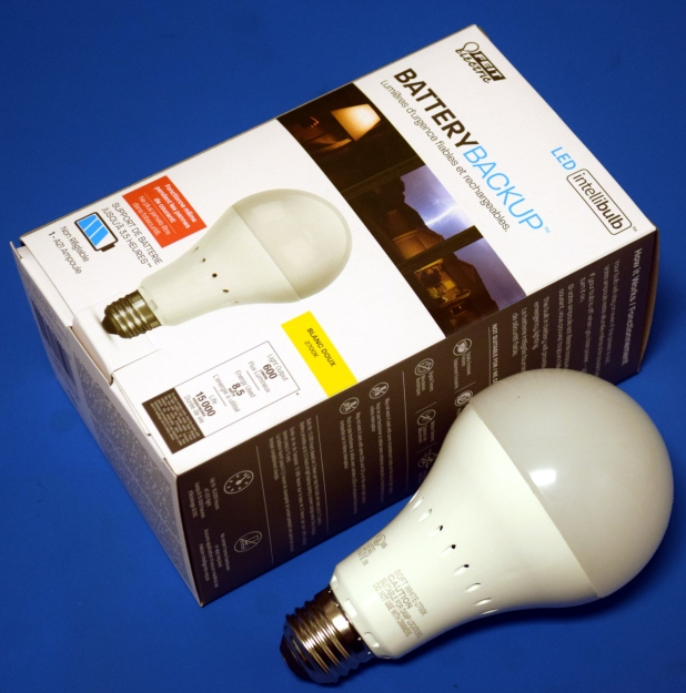 Teardown: LED Bulb Yields Tiny UPS | Hackaday
