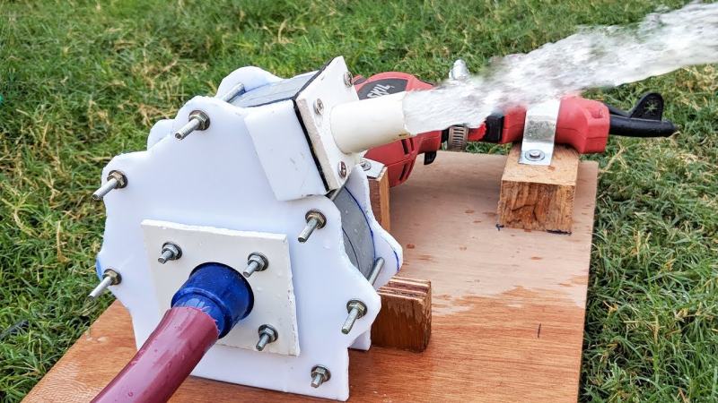 DIY Drill-Powered Water Pump | Hackaday