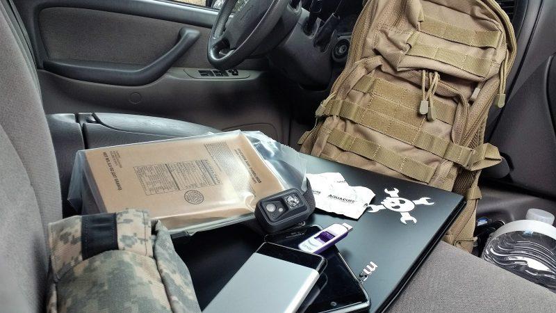 Edible Plant ID Cards 2 Decks Survival Supplies Bug Out Bag Gear Backpack E