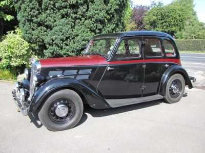 A 1930s Morris Ten Series II. Humber79 [CC BY-SA 3.0].