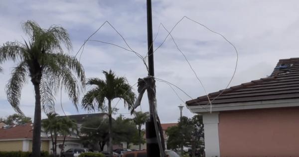 Cloverleaf Satellite Antenna Mounted on a Pole