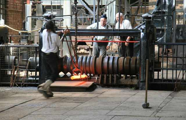 Wrought iron production at Blist's Hill. Chris Allen [CC BY-SA 2.0].