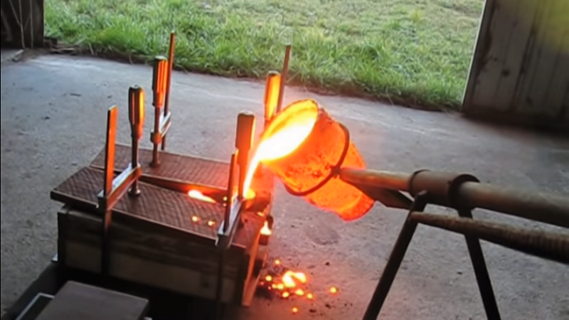 Move Over Aluminum: Cast Iron For The Home Foundry | Hackaday
