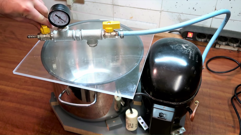 Hacked Vacuum Chamber Won T Suck A Hole In Your Budget