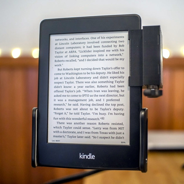 A Remotely Controlled Kindle Page Turner   Hackaday