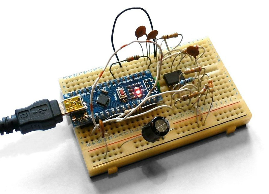 Building A Pocket Sized Arduino Oscilloscope | Hackaday