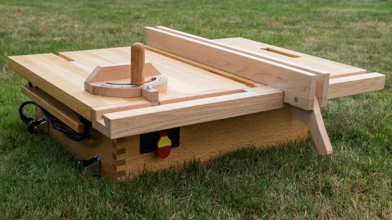 Fabulous Behold A Diy Kid Friendly Table Saw Hackaday Interior Design Ideas Inesswwsoteloinfo