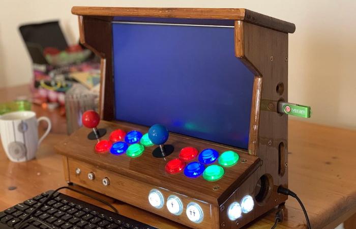 Gorgeous Bartop Arcade Build Is A Cut Above | Hackaday