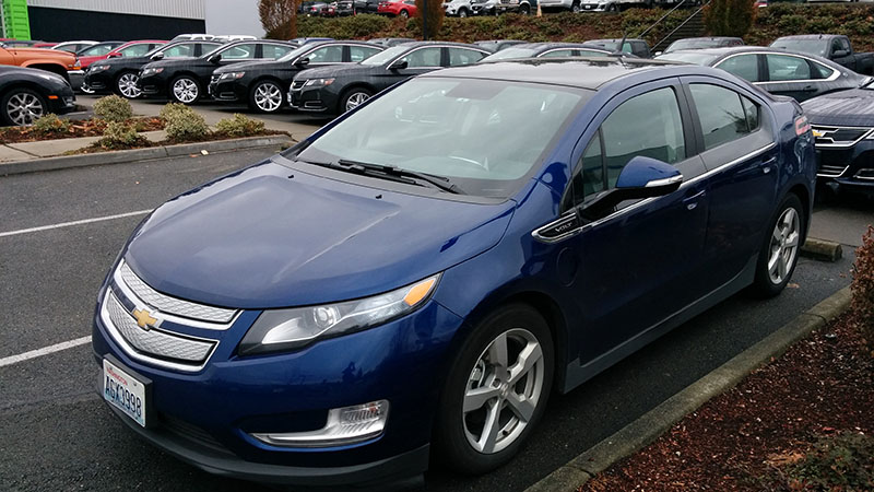 Goodbye Chevy Volt The Perfect Car For A Future That Never Was