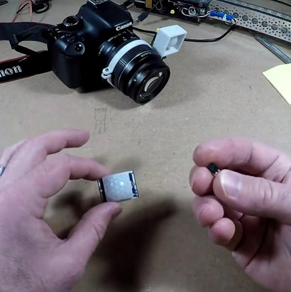 Super Simple Sensor Makes DSLR Camera Motion Sensitive