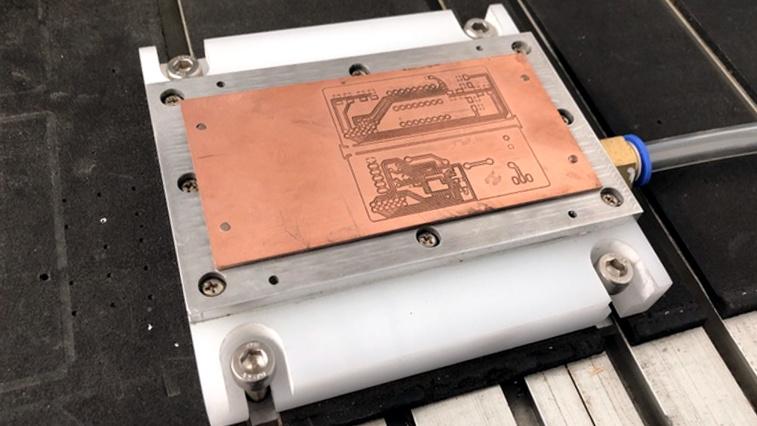 DIY Vacuum Table Enhances PCB Milling
