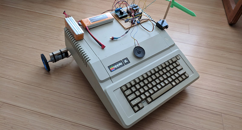 Travelling The Oregon Trail With An Apple II Robot | Hackaday