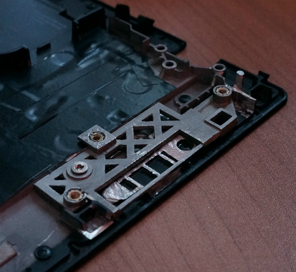 Thinkpad T25 Gets Less Retro With Hardware Swap | Hackaday