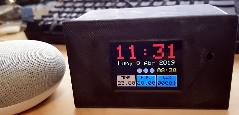 ESP32 Alarm Clock Doesn't Skimp On The Features | Hackaday