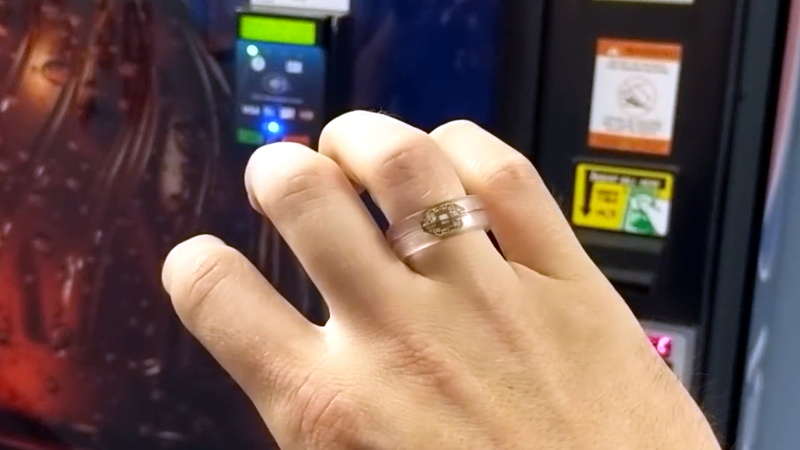 RFID Payment Ring Made From Dissolved Credit Card | Hackaday