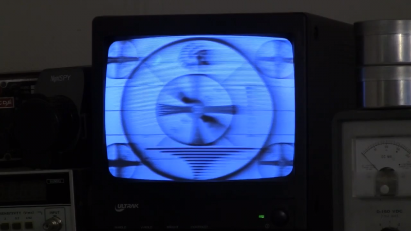 Vintage Monoscope Tubes Generate Classic TV Test Patterns Once Again