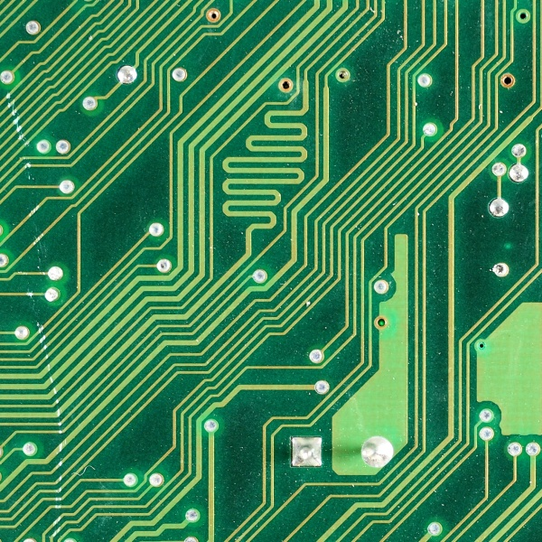 What's The Deal With Square Traces On PCBs | Hackaday