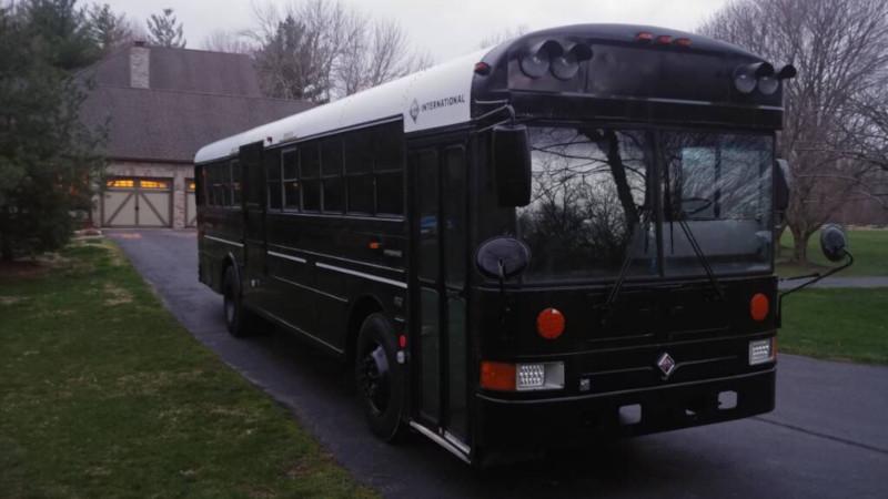A Super Tidy School Bus RV Conversion | Hackaday