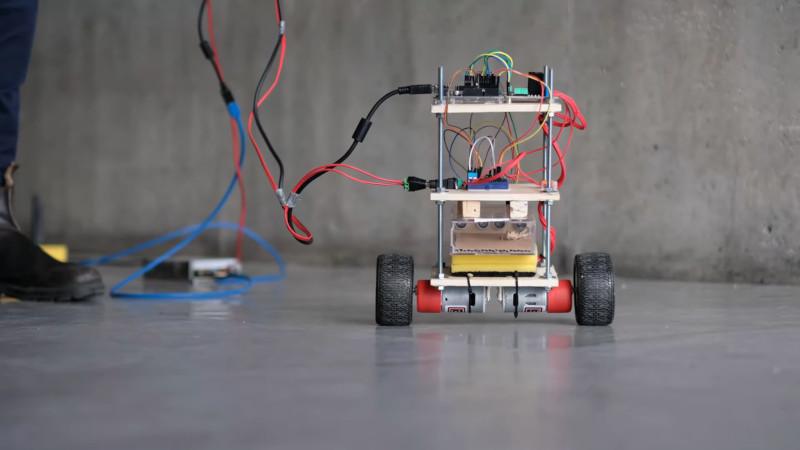 Augmented Arthropod Gets A Self-Balancing Ride | Hackaday