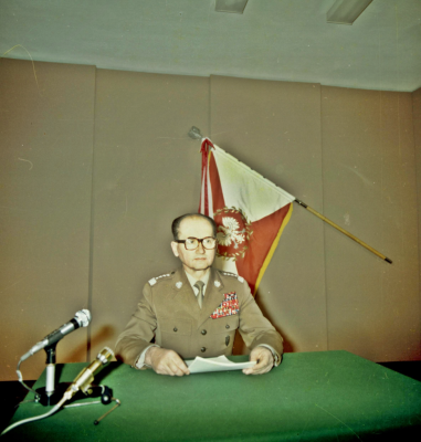 The Polish Communist leaderWojciech Jaruzelski announcing the introduction of martial law. Warsaw, on the 13th of December1981 [Public Domain]
