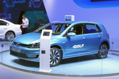 The VW e-Golf. Mario Roberto Durán Ortiz [CC BY 2.0]