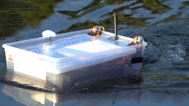 ArduRover Boat Uses Tupperware To Float