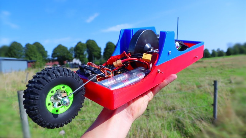 Who Needs Four Wheels When You've Got A Gyro? | Hackaday