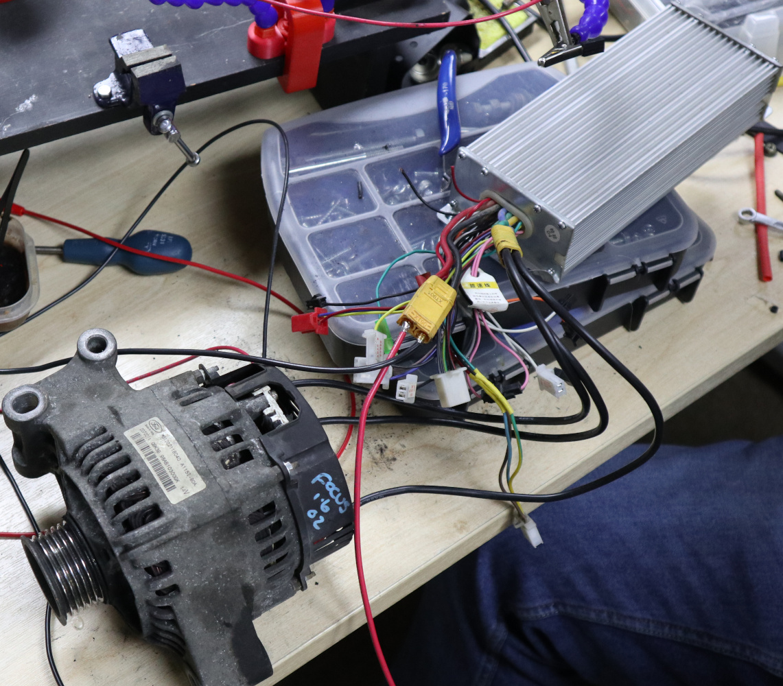 Car Alternators Make Great Electric Motors Here S How Hackaday