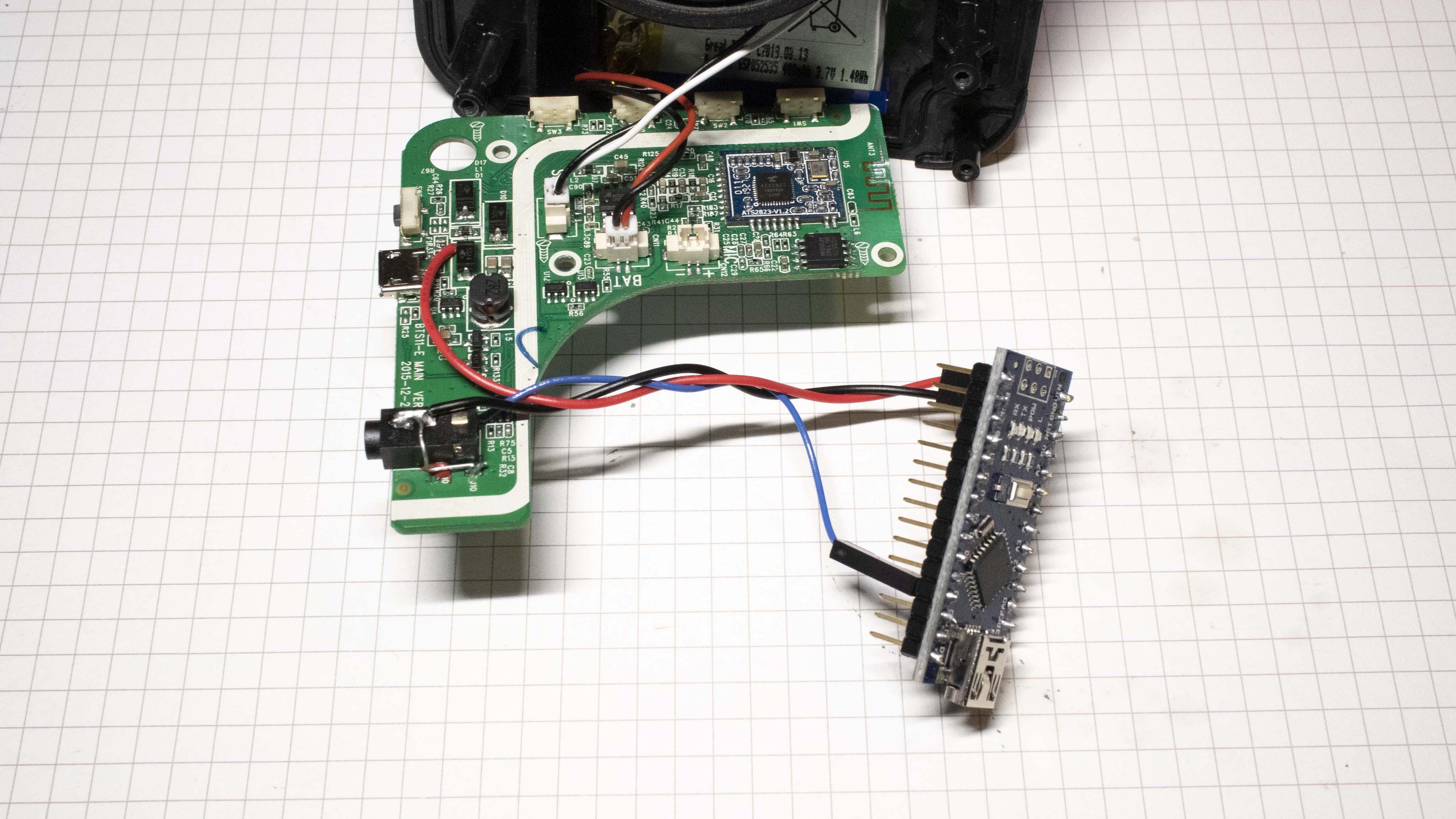 Black Mini Portable Speaker Travel Speaker for Tablet Laptop MP3 iPhone