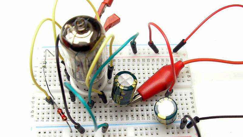 A 3.3 V Tube Preamp Without An Inverter
