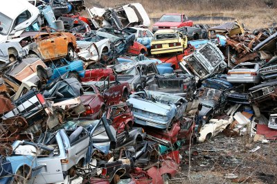 Most of these cars probably had surprisingly little wrong with them when scrapped. Carolyn Williams / CC BY 2.0