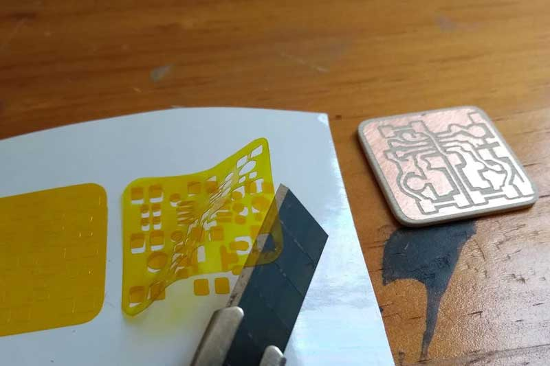 Making PCBs With A Vinyl Cutter
