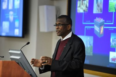 Lonnie Johnson, pictured in 2016. Office of Naval Research from Arlington, United States / CC BY 2.0